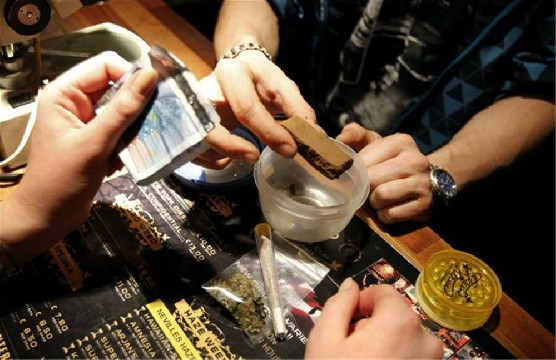 Cannabis Coffeeshops in AmsterdamAmsterdam Red Light District Tours