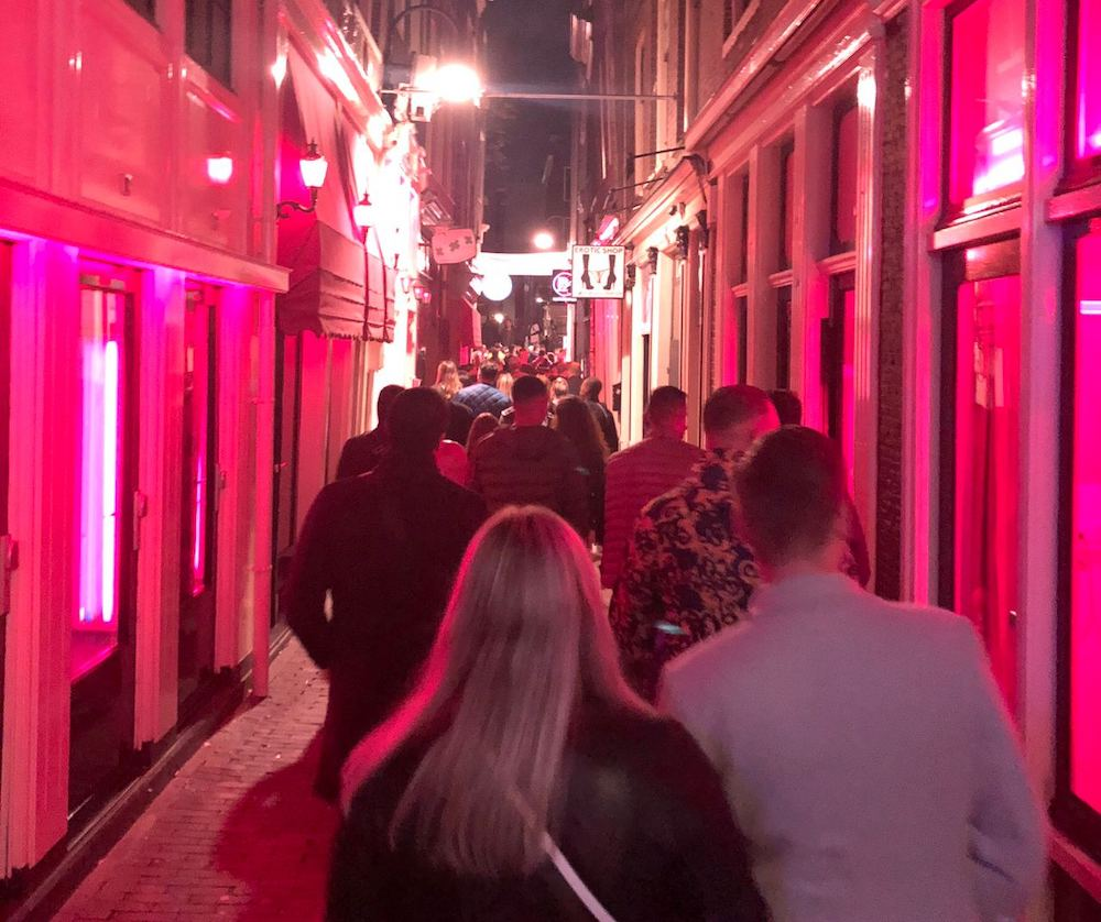 exclusive red light district tour amsterdam