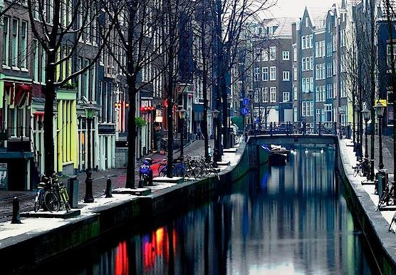 Amsterdam Fun Facts Did You Know That Amsterdam Red