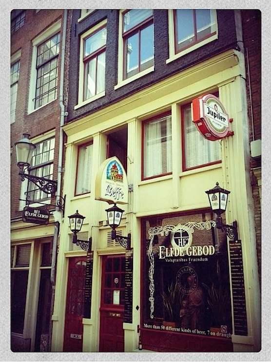 Cafe Het Elfde Gebod in Amsterdam