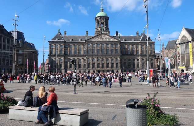 webcam amsterdam netherlands square